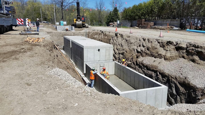 Large precast concrete water reservoir Canada